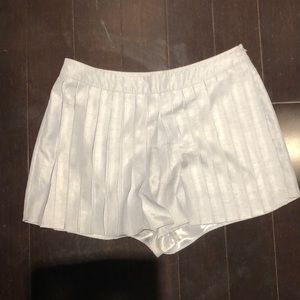Pleated skirt urban outfitters sz 6